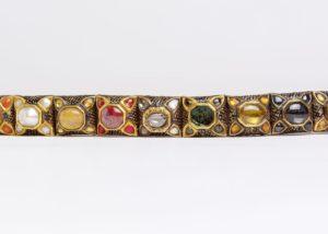 Navaratna armlet. Courtesy Victoria & Albert Museum.