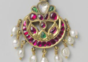 Forehead ornament. Nethi chutti. Riksmuseum.