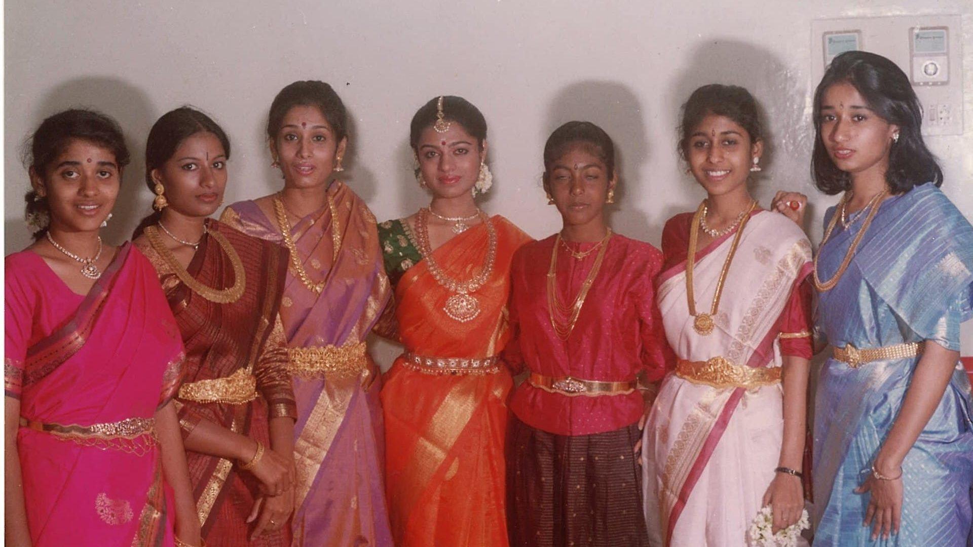Ahalya wearing an oddiyanam (waistbelt) and matching chain.