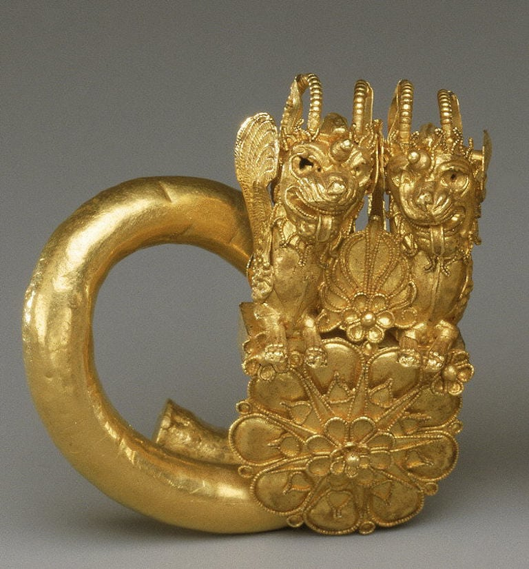 Gold spiral with double lion-griffin-head terminal,1st half of the 4th century B.C.