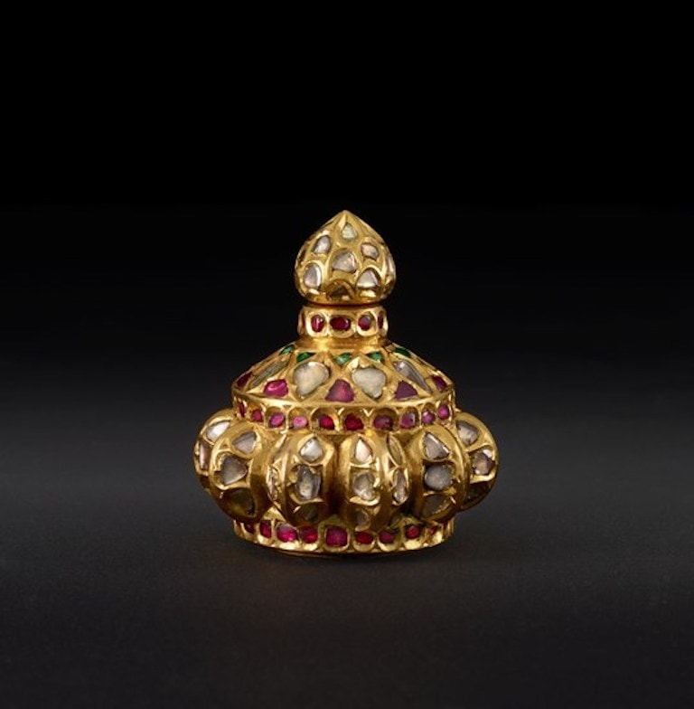 Indian Gem-Set Bottle. Mid-17th century. Gold with diamonds, emeralds, and rubies. Museum of Fine Arts, Houston.