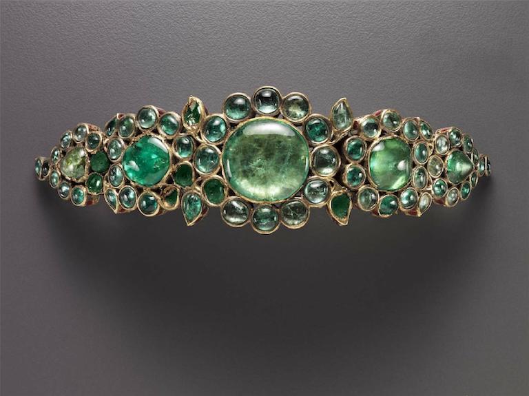 Armband (bazuband). India late 17th century. Delhi area, Northern India. Gold, enamel, and emeralds