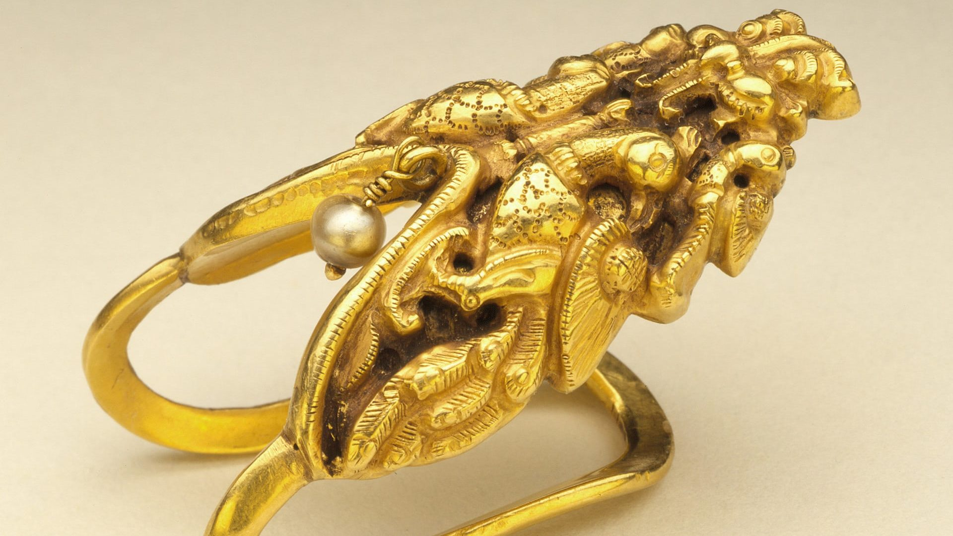 Finger Ring (neli). Tamil Nadu, early 19th century. Gold with pendant pearl. LACMA