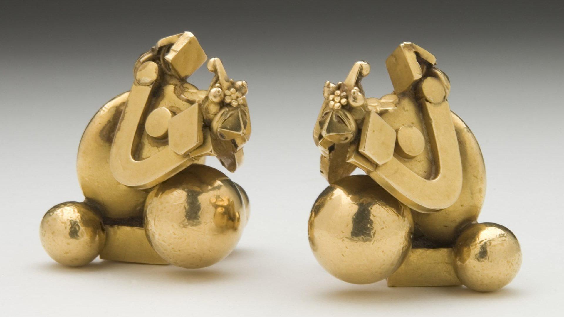 Pampadam earrings
